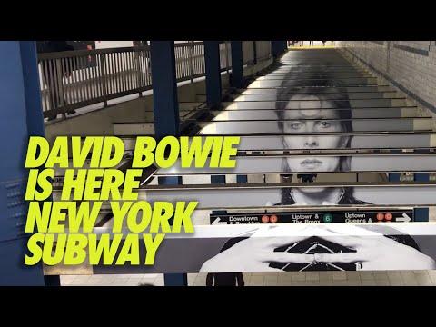 David Bowie en el metro de Nueva York  SOHO