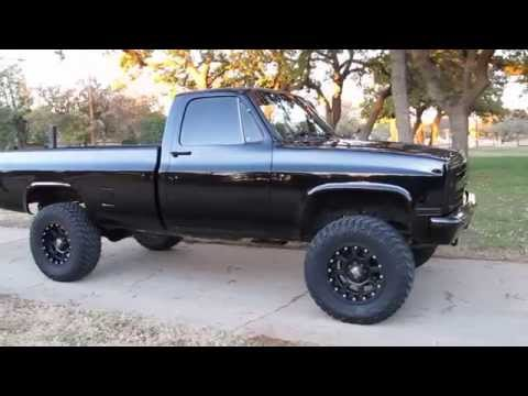 1986 Chevrolet 3/4 ton 4x4, new, interior, new paint, solid Texas truck, cold a/c