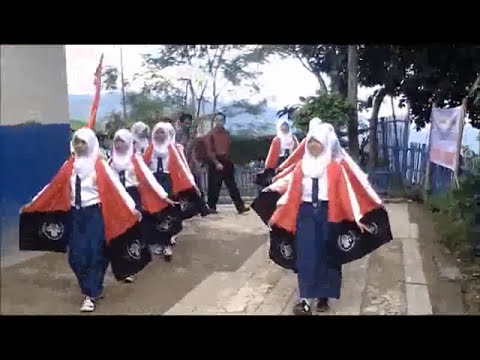 Upacara Adat SMP Negeri 2 Sindangkerta