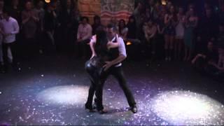 Видео: Mariposa en el Viento, Бачата на Arriba la Salsa 2013