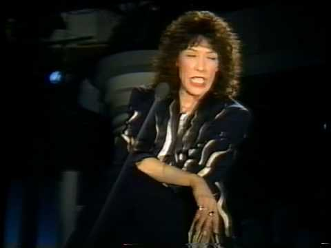 Lily Tomlin is performing at the Tarrytown Music Hall on Friday.