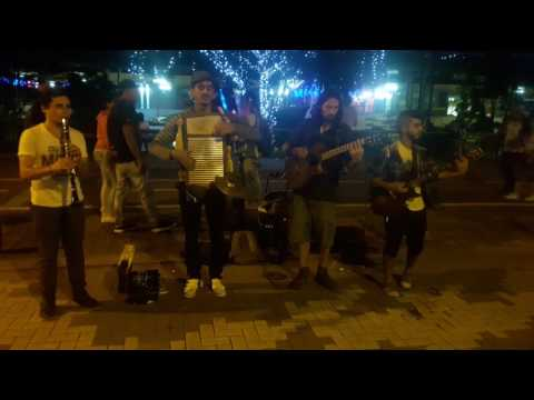 Arte callejero Medellin Colombia Blue Jazz