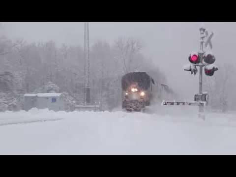Amtrak 350 flies through a blizzard at 100mph