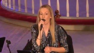 Amalie Haugen Øvstedal synger Jul i Svingen