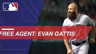Evan Gattis enters free agency