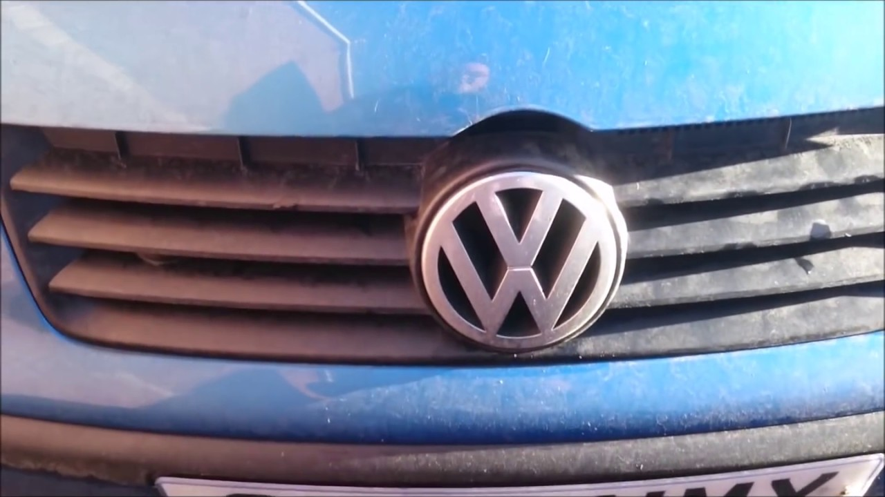 Vw Polo - How To Replace Headlight Bulb
