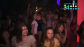 малолетки в ночном клубе