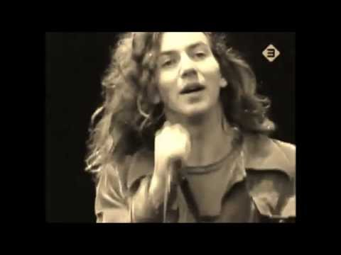 Eddie Vedder singing Jeremy - VOCALS ONLY! - YouTube