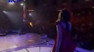 Indonesian Idol 4 : Rini - Cinta Titiek Puspa