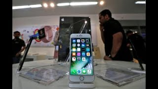 Apple to release softw are update to resolve iPhone slowdown CEO