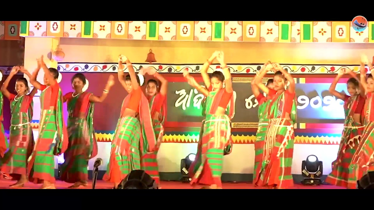 Download Kuli hopon inj janam ena...Santali record dance// Kiss Student# Bhubaneswar 2020