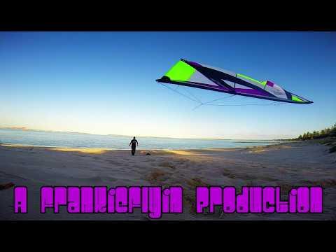 Revolution Reflex XX kite flying Brighton Beach (No more wind) with Frankie