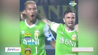 Gol Bunuh Diri Bauman Buat Persib Takluk dari Bhayangkara FC - JPNN.COM