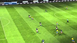Pro Evolution Soccer 2016 through ball outside area shot