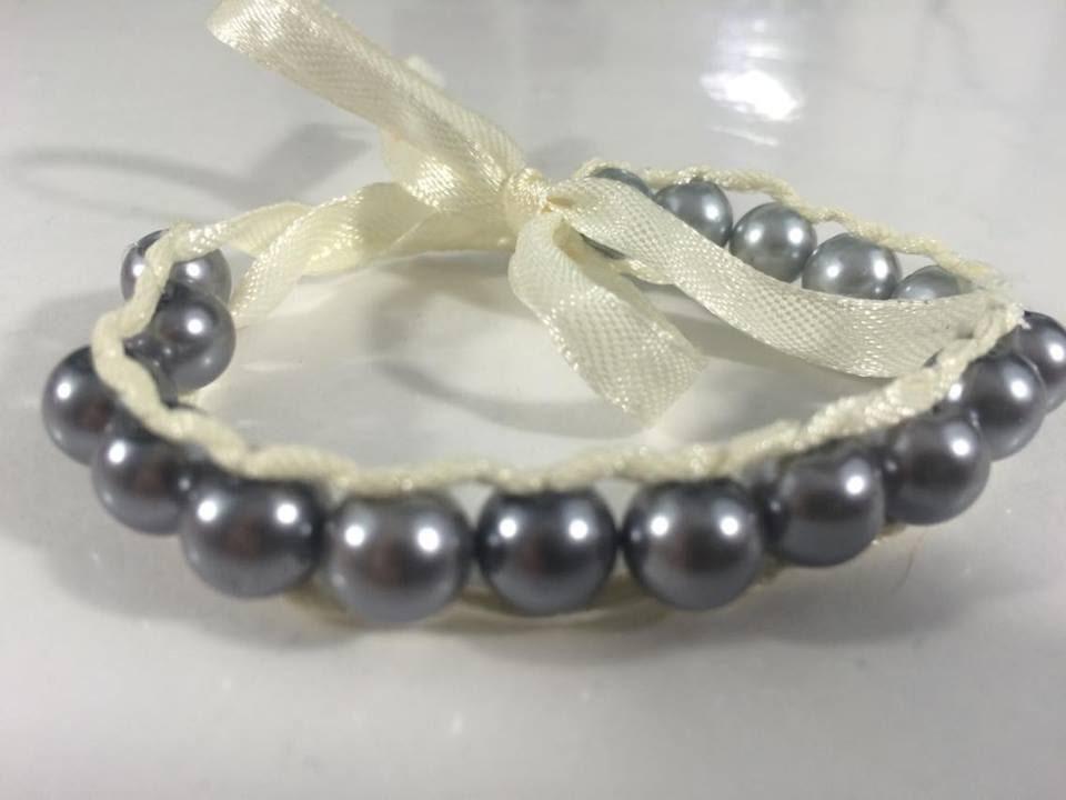 Diy bracelet en ruban et perles youtube - Bracelet perle et ruban ...