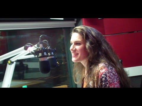 Entrevista de Claudio María Domiguez a Carolina Göttert - en RADIO POP 101.5