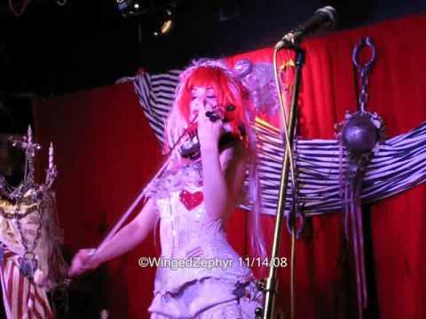 Emilie Autumn - Face the Wall (live clip)