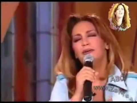 Thekra Singing Fairouz ( Ya Rait )