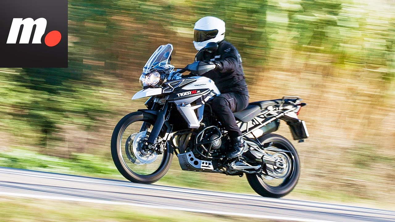 triumph tiger 800 xcx 2016 prueba test review en espa ol youtube. Black Bedroom Furniture Sets. Home Design Ideas
