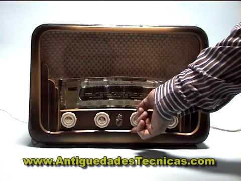 Radio española Corona mod. Niágara 110 v.C.1940-1950