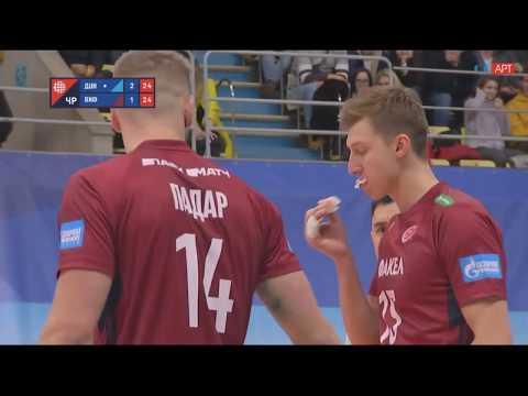 Дмитрий Волков в матче с «Динамо» при падении разбил губу