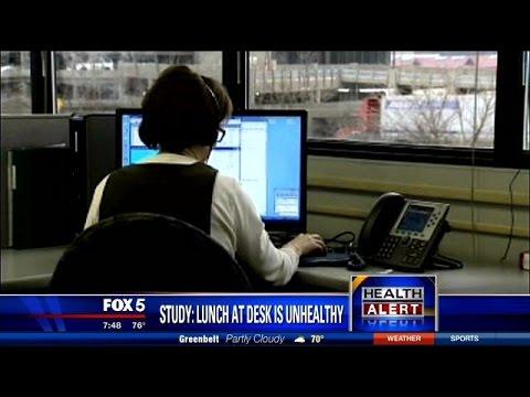 Health Alert: Eating lunch at your desk