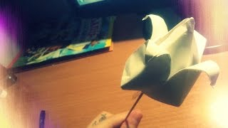 Как сделать тюльпан из бумаги своими руками! Искусство Оригами. Урок очень просто(Тебе интересно как можно сделать своими руками из бумаги тюльпан по методике Оригами? Тогда чего же ты ждеш..., 2015-01-08T04:30:00.000Z)
