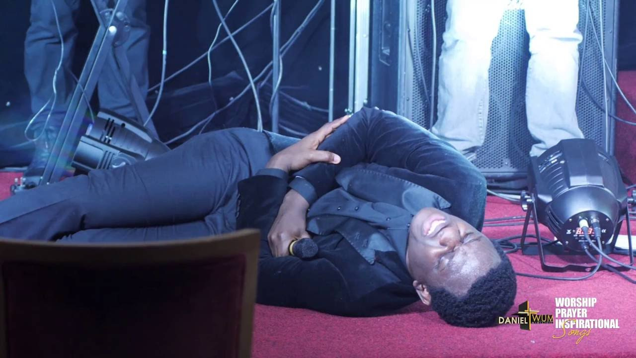 Download OYE ONYAME (MEDLEY) - Daniel Twum
