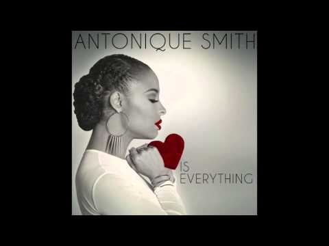 Antonique Smith