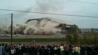 Texas stadium demolition 4-11-2010 (better quality)