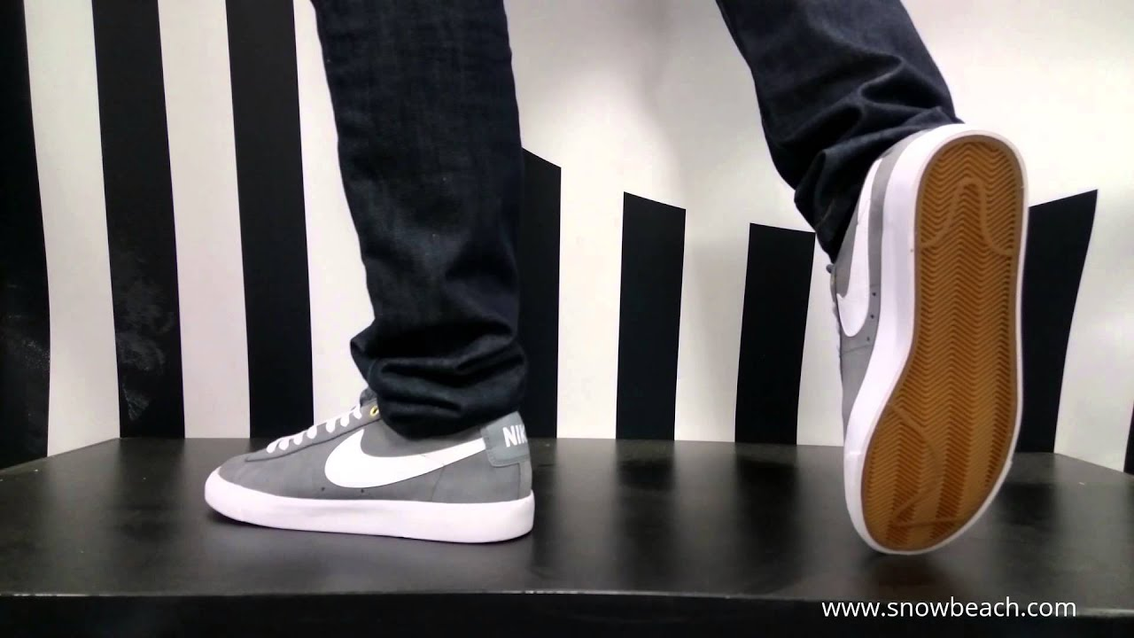 nike blazer low grey
