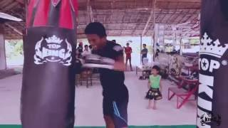 TOP KING e Buakaw P. PRAMUK