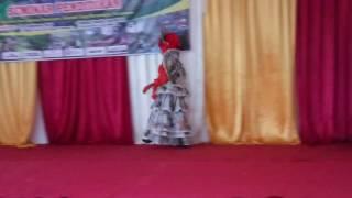 Download Video Busana muslim daur ulang MP3 3GP MP4