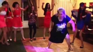 Пьяные танцы, смешно до слез