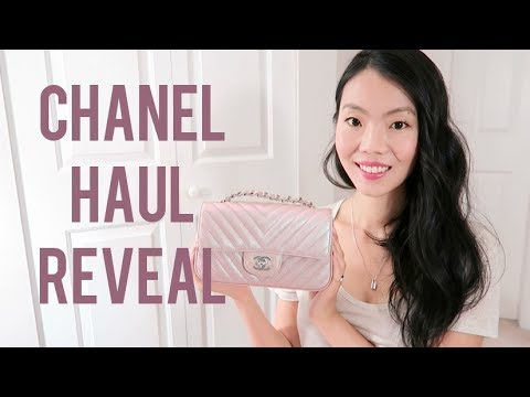 d68cbd330840 CHANEL MINI FLAP REVEAL & SQUARE VS RECTANGULAR COMPARISON | FashionablyAMY