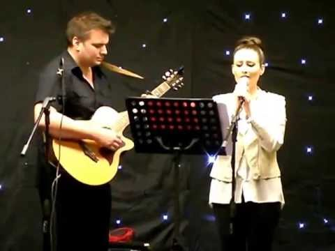 Love The Way You Lie  Darren and Narelle at Llanelli folk Club April 2013