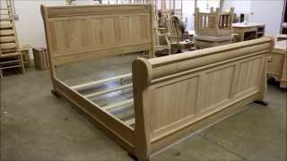 Old Classic Sleigh Bed