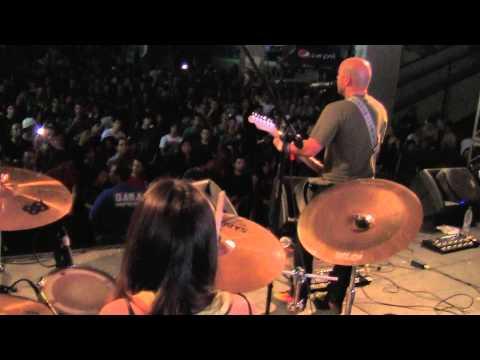 One Road_Estrella Fugaz_en vivo_ en el Maracaibo Alterno Fest 18-12-2011