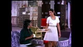 Pokkiri Raja - Rajinikanth visits Sridevi's home