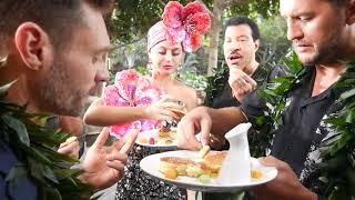 American Idol Judges, Host, & Mentor Share  Pancakes in Hawaii - American Idol on ABC
