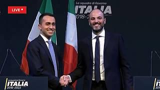 Diretta Elezioni 2018 - Di Maio presenta la squadra di governo del M5S