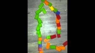 Domino in Zeitluppe