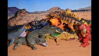 Crocodiles Toys Alligator with babies Sea Animals Dinosaurs. Video For Kids