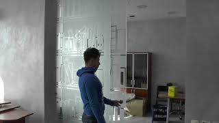 видео Зеркальные двери, межкомнатные раздвижные перегородки, фото в интерьере