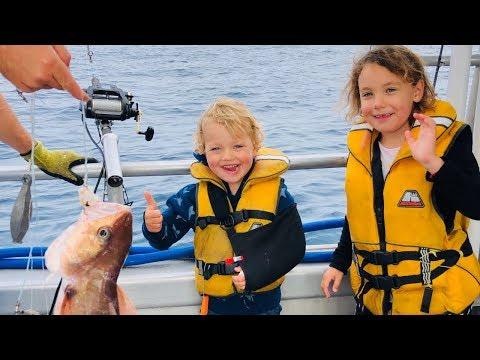 Fiskelycka med gipsad arm - Nya Zeeland VLOGG