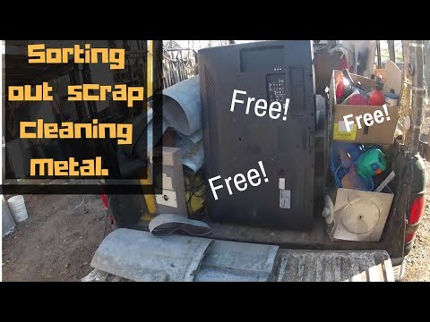 Sorting out a truck full of scrap and cleaning metal. A few items that sell on ebay. HD