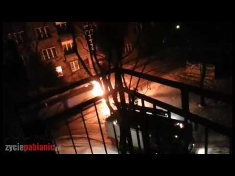 Pożar auta na ulicy Wyspiańskiego