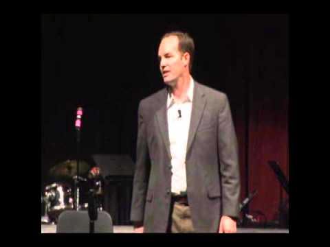 A Leader's FOCUS- C Thomas Dismukes - Motivational Storyteller