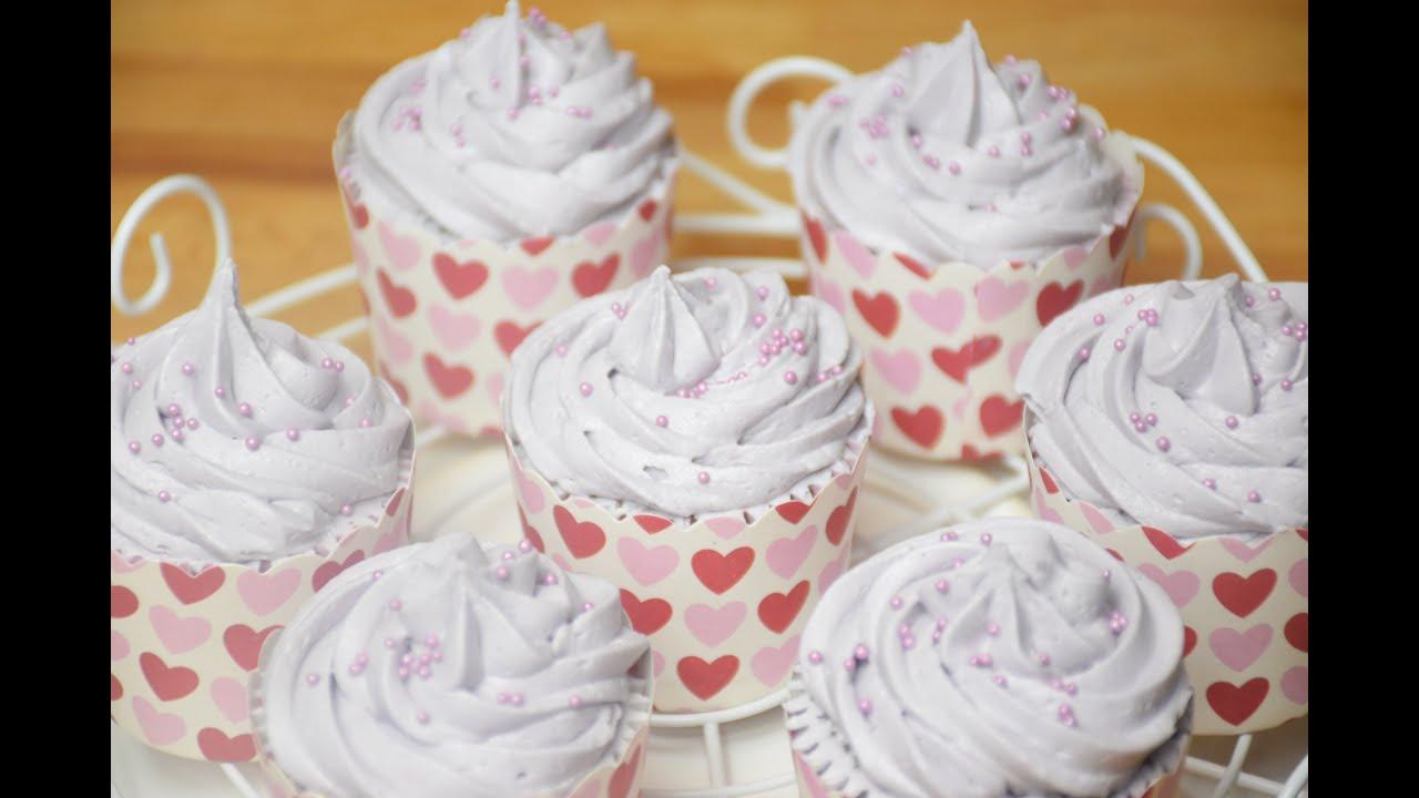 Chocolate Cupcakes/ Des cupcakes de chocolat