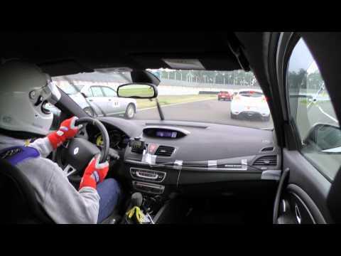Tetsuya Ota driving lesson with Renault